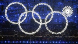 olympic-rings-mishap-doctored-by-russian-tv-257x144